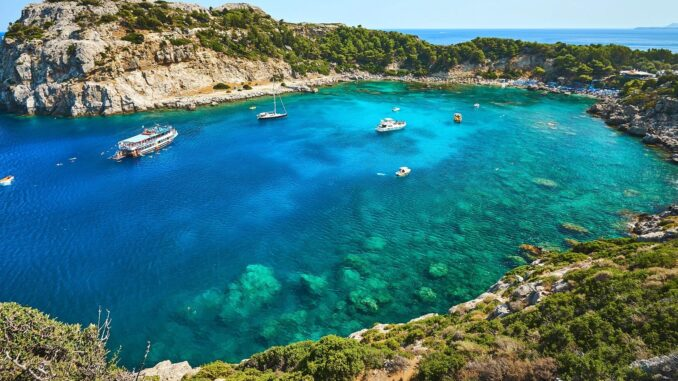 Dodecanese Islands - Pleasant climate and empty beaches